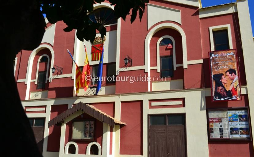 Teatro Cortes Almoradi where to go in Almoradi, everyone enjoys the thearte