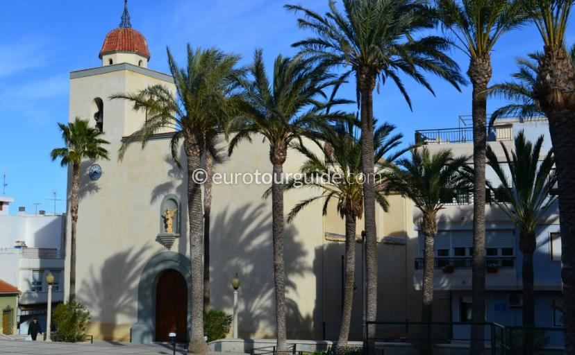 Chruch square in San Miguel de Salinas, What to do