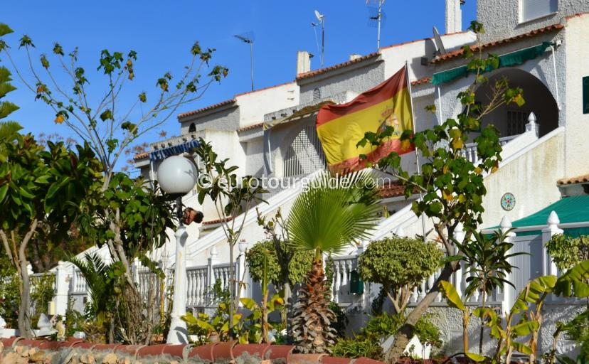 Property for Rent in Mil Palmeras Orihuela Costa Spain, Eurotourguide has a nice selection from reliable property managers