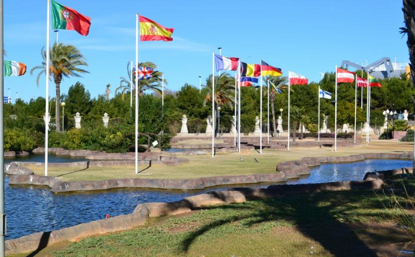 Where to go in Torrevieja, the park of nations is a great place for the family