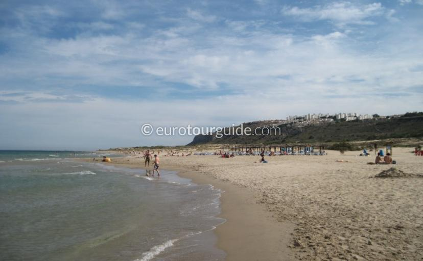 Gran Alacant relax on the beach