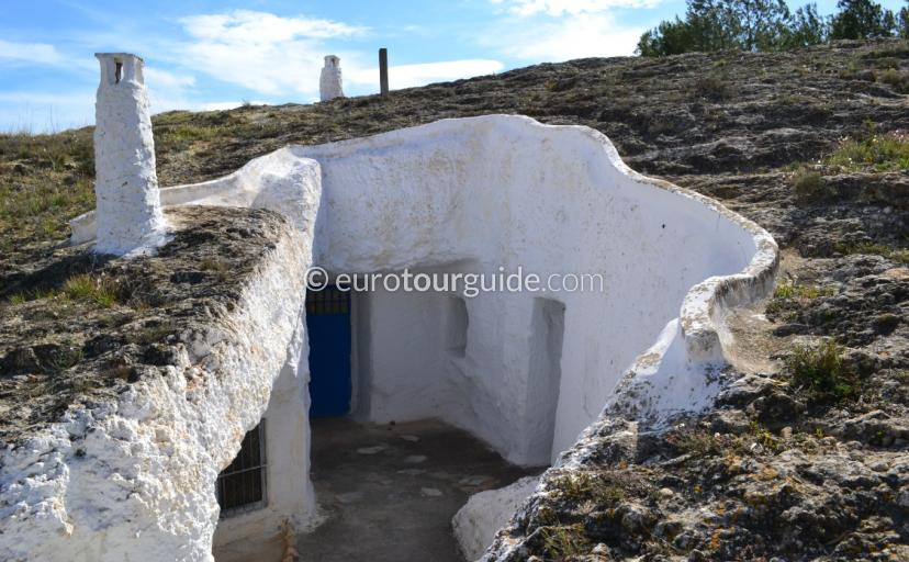 Where to go in Rojales Costa Blanca, Cuevas de Rodeo is well worth a visit