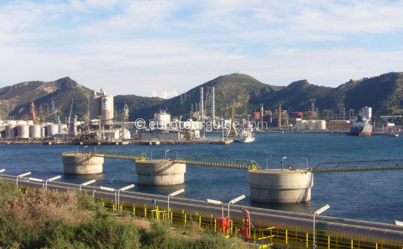 Where to go in Escombres Murcia Spain, Visit the Repsol Oil Refinery and Iberdrola Power Plant