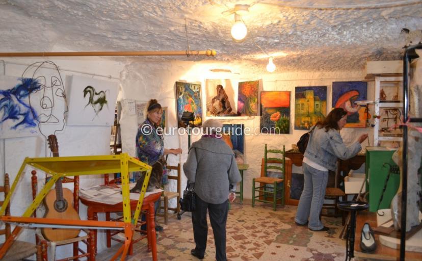 Images of Cuevas de Rodeo Art Market Rojales