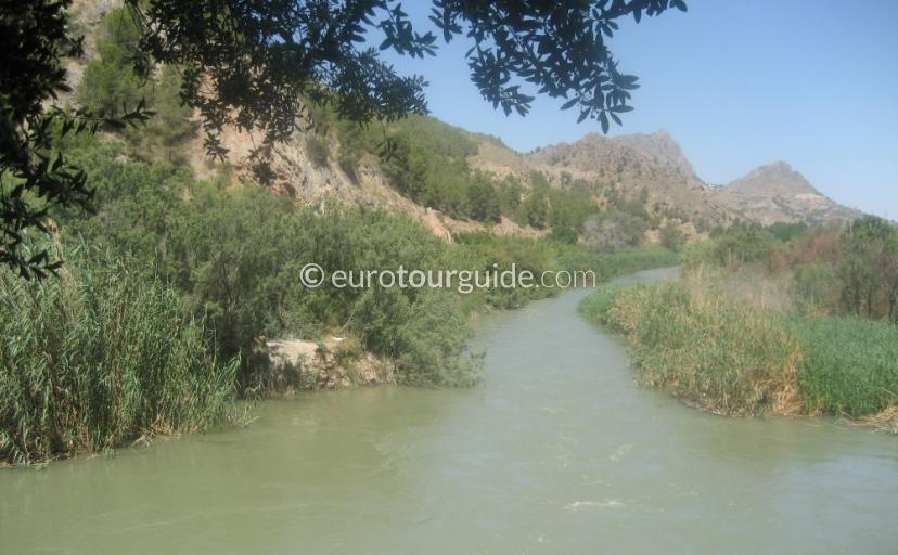 What to do in the Ricote Valley Inland Murcia Spain, Walk along the Rio Segura one of many interesting things to do and places of interes
