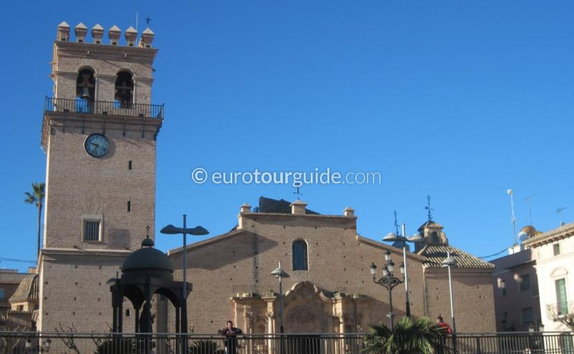 Where to go in Totana Murcia Spain, Visit the Church one of many things to do and places to visit
