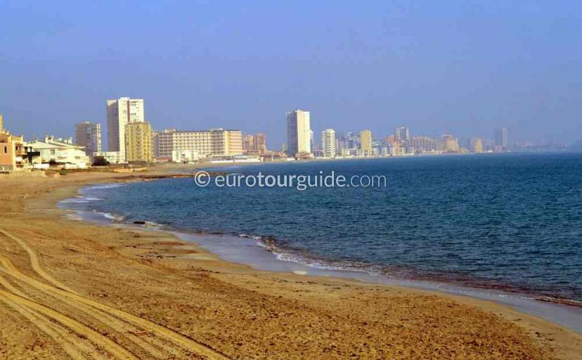 What's on in Cabo de Palos Mar Menor Costa Calida Murcia Spain, try an activity on the beach one of many things to do and places to visit here.