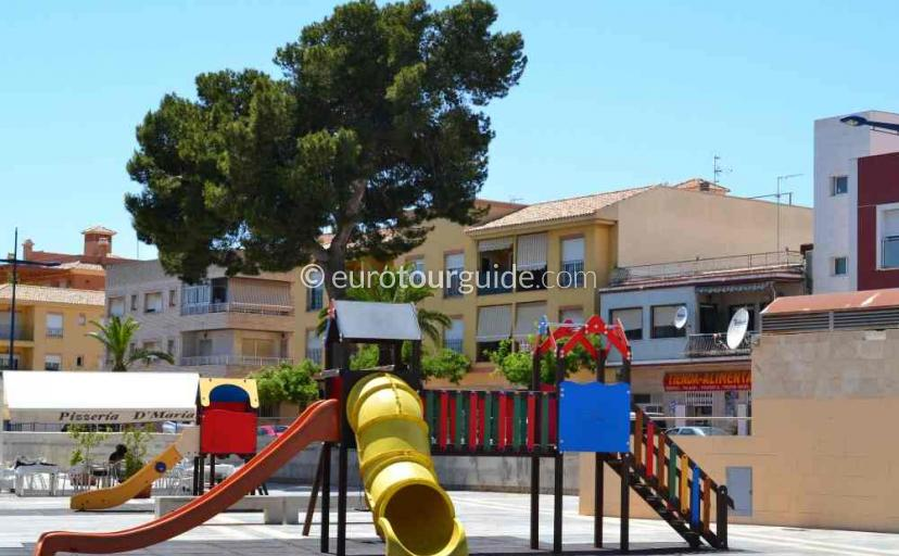 Tourist information in San Javier Murcia Spain, try the local park one of many things to do and places to visit here.