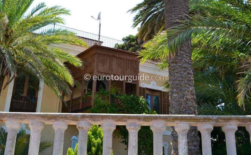 Things to do in Santiago de la Ribera Mar Menor Murcia Spain, Painting the old houses is very popular here