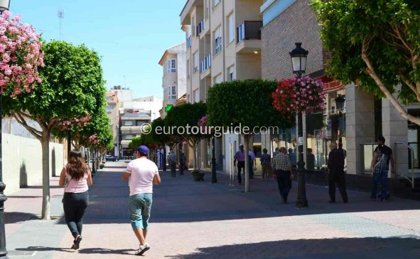 What's on in Torre Pacheco Murcia Spain, shopping is one of many things to do and places to visit here.